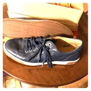Cole Haan black leather she's